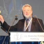 Als Mitglied der KBV-Vertreterversammlung hat FÄ-Vizevorsitzender Dr. Axel Brunngraber bereits an vorbereitenden Beschlüssen mitgewirkt