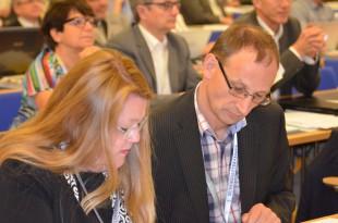 Deutscher Ärztetag 2015: Delegierte Christa Bartels und Wieland Dietrich (Foto: Daniela Schmidt)